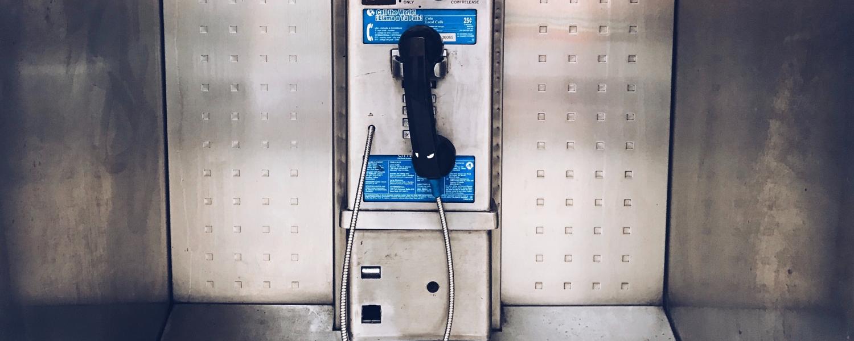 écrire un dialogue téléphonique
